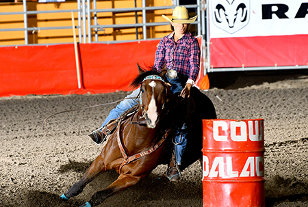 Vicky Cook Wins At Cow Palace